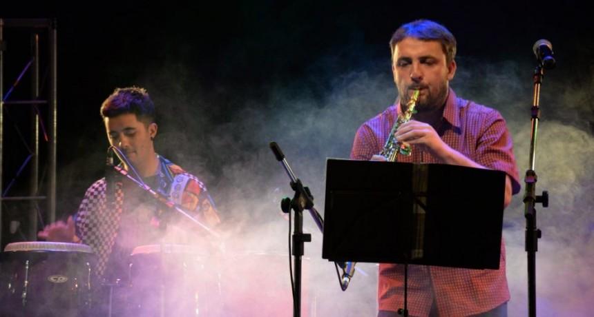 Tarde de música latinoamericana en el Salón Rivadavia