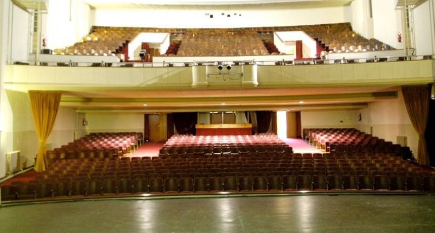 Suspensión de Böhâmia Danse Quartett en el Teatro Municipal