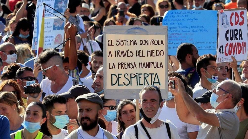 Madrid: sancionarán con la máxima dureza permitida a quienes se manifestaron  sin tapabocas
