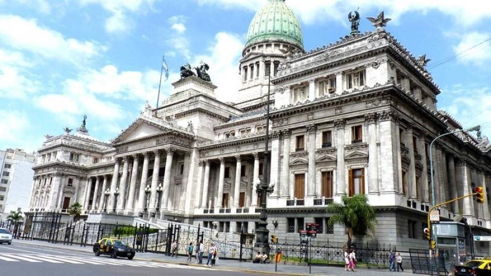 La oposición reclama ver el dictamen y el oficialismo dice que se está firmando