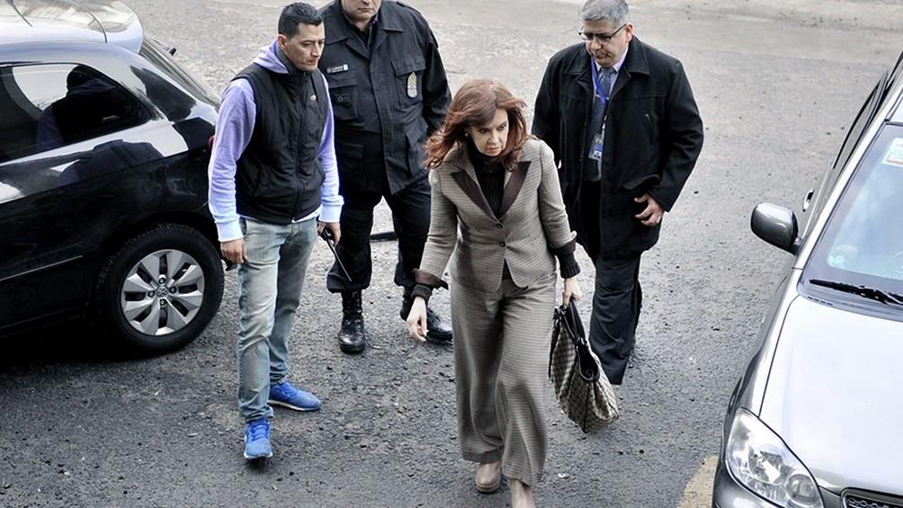 La Cámara Federal resolvió que la causa por espionaje a Cristina Kirchner tramite en Comodoro Py