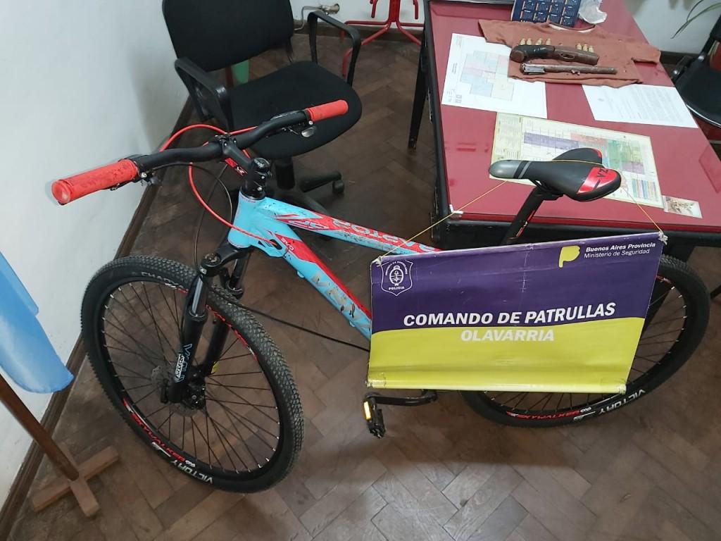 Un aprehendido por romper vidriera y robar una bicicleta