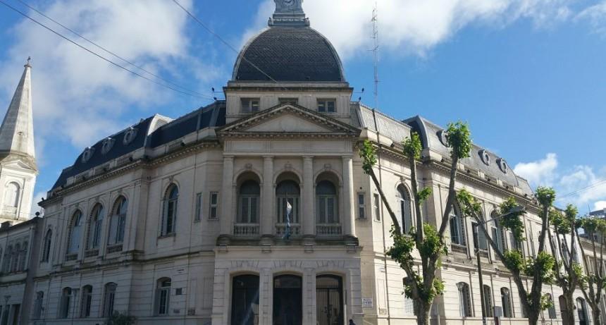 El Municipio abona los haberes de julio