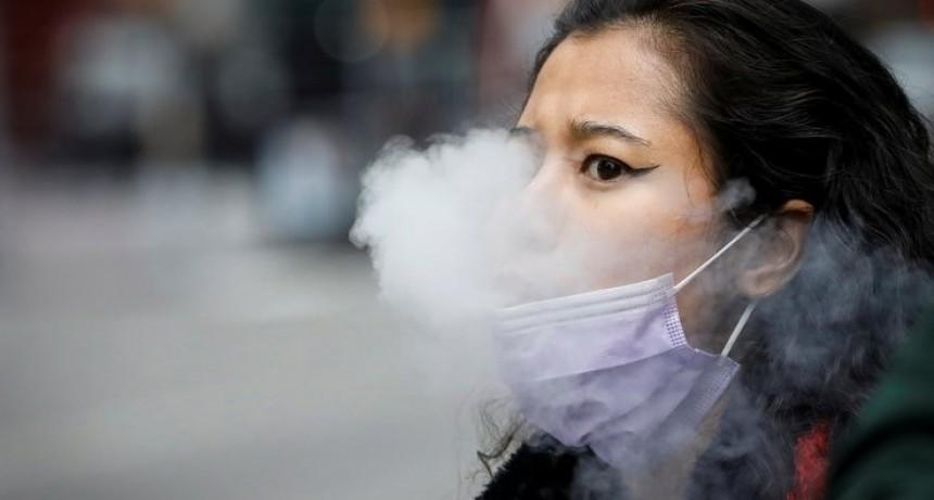 Un estudio de la Universidad de Stanford determinó que el uso de cigarrillos electrónicos multiplica por cinco el riesgo de contraer coronavirus