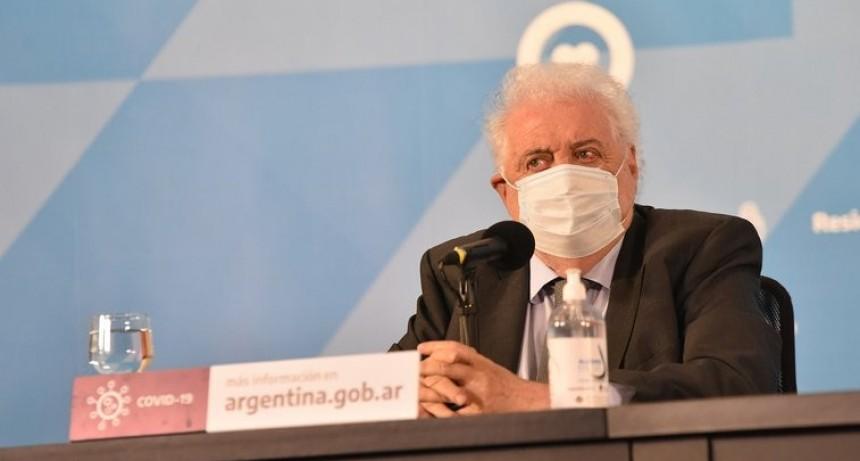 Coronavirus en Argentina: quiénes tendrán prioridad para acceder a la vacuna de la Universidad de Oxford que se producirá en el país