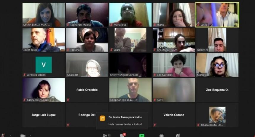 Unos 50 participantes en el taller de redes sociales