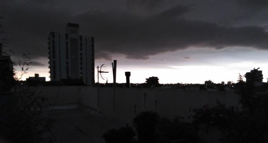 Prevalece el alerta meteorológico con tormentas puntuales