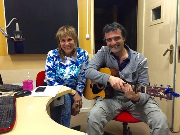 El músico Adán Trimigliozzi en Ciudad Mágica