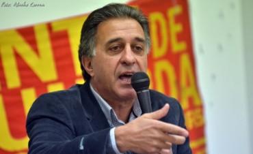 Charla-Debate con Néstor Pitrola en Olavarría