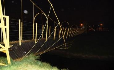 Se licitó la reparación del puente colgante de calle Merlo