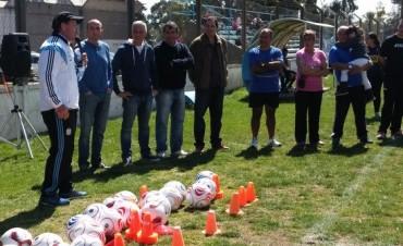 El Intendente José Eseverri asistió a una nueva fecha del fútbol femenino