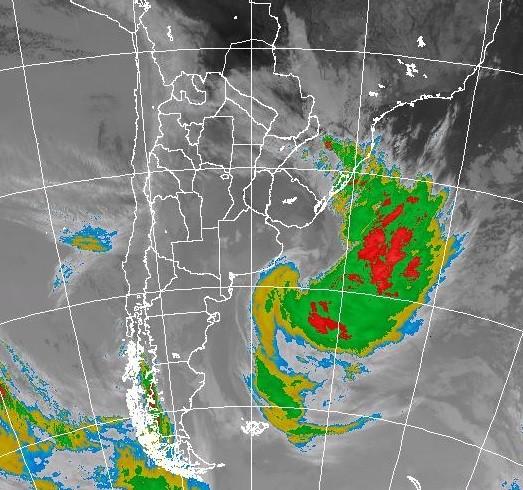 El alerta meteorológico sigue, ya hubo ráfagas de 73km/h