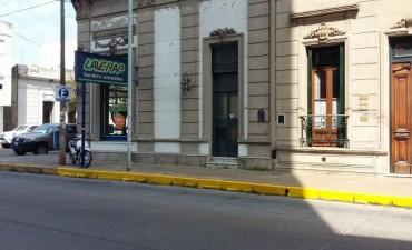 Traslado de la parada del colectivo por la obra en el ex Banco Edificadora