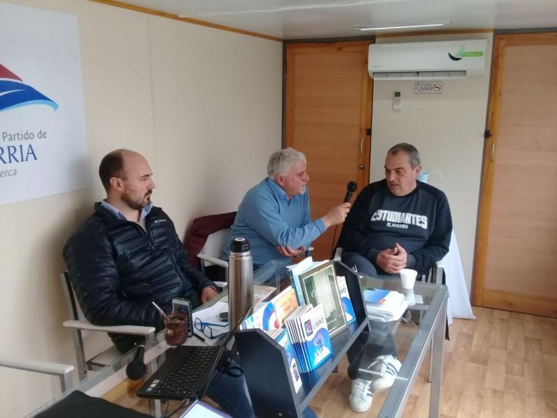 Básquetbol: el entrenador de Estudiantes en Radio Olavarría