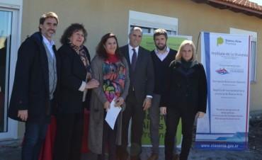 Barrio Educadores: entregaron otras 5 viviendas