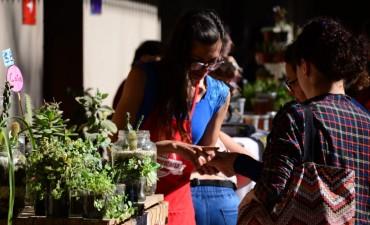 Más de 700 vecinos pasaron por la Feria Agroalimentaria del domingo