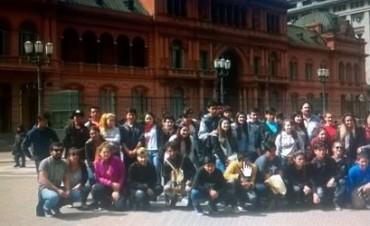 Integrantes del CEPT N° 8 de Espigas recorrieron Buenos Aires