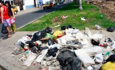 Infracción por arrojar basura en la vía pública
