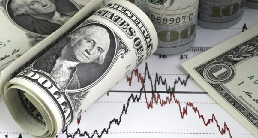 El dólar subió en el inicio de la semana