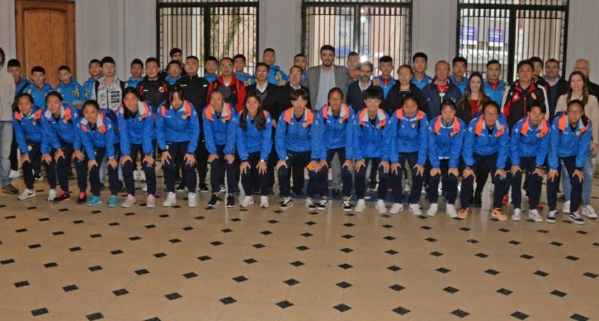 Deportes: la Delegación China está en Olavarría