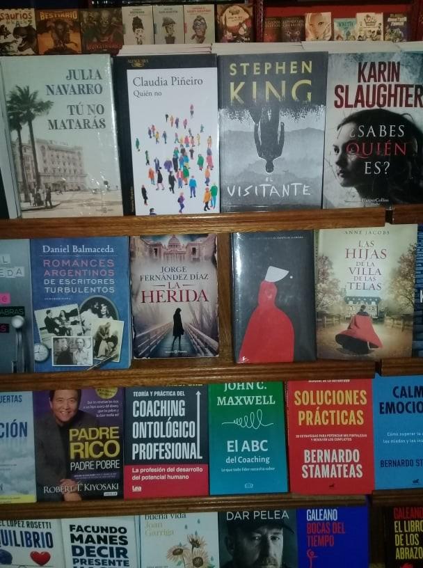 La muestra Libros en Olavarría continúa hasta el 8