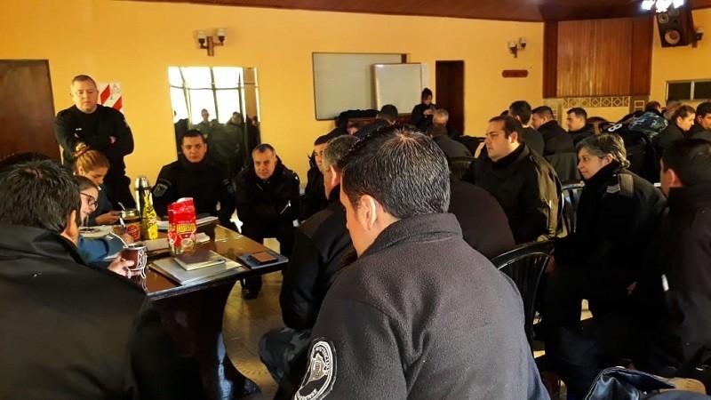 Finalizó el curso para Sargentos en el Complejo Penitenciario Centro Zona Sur