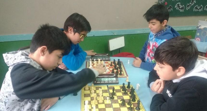 Ajedrez: ganó Augusto Araña