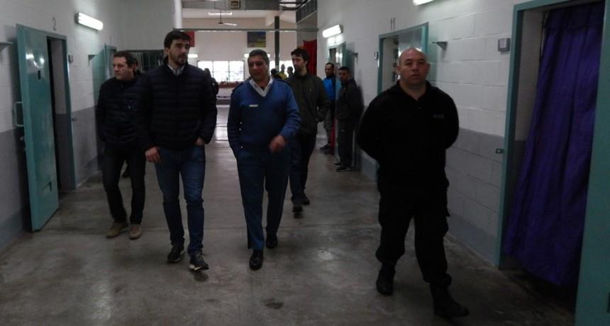 El Intendente de Olavarría visitó la Unidad 38