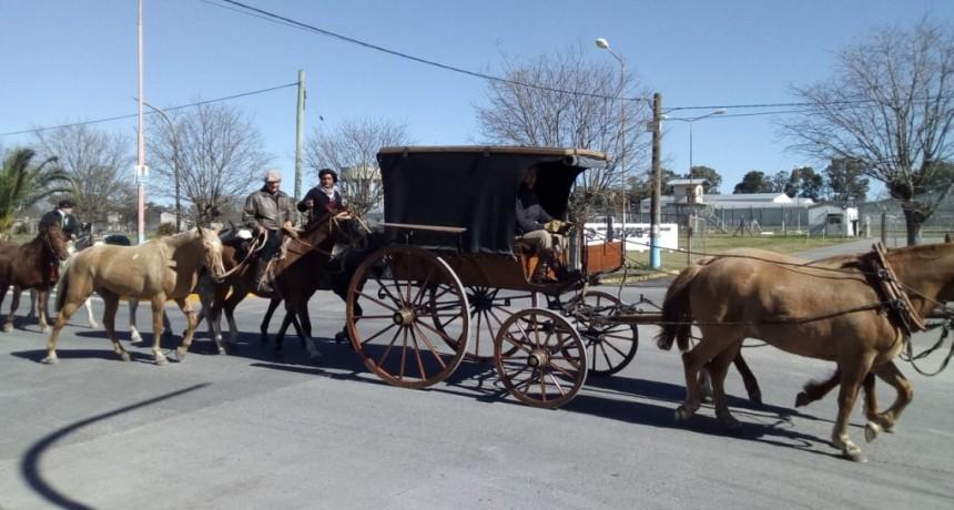 Agentes de la Unidad 38 participan de la peregrinación gaucha a Luján