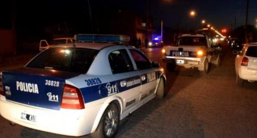 Detectaron dos policías en una reunión ilegal