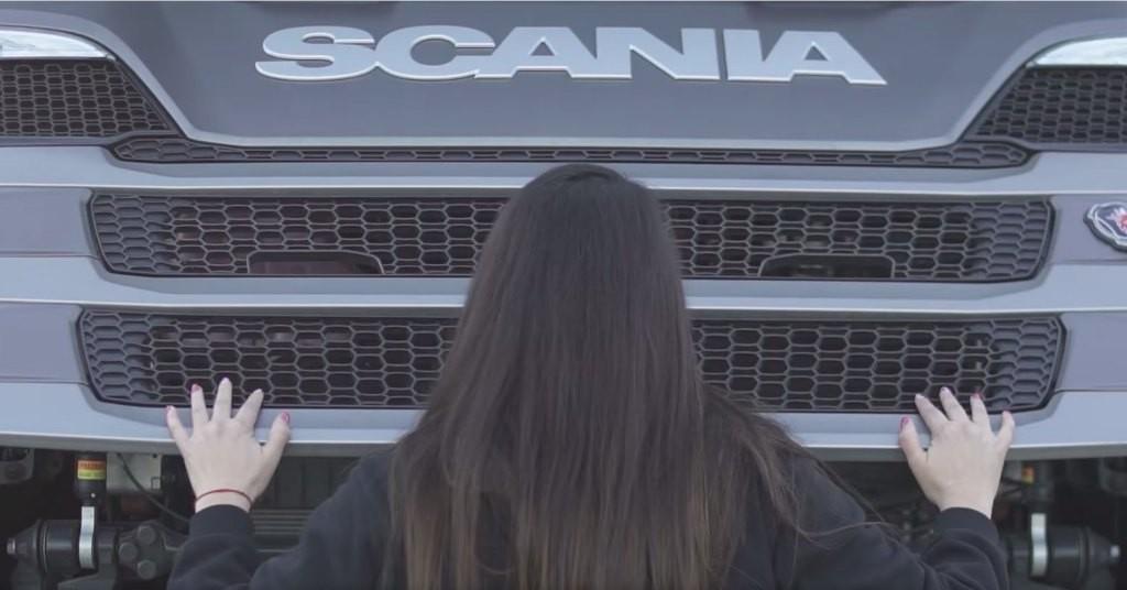 Se viene la tercera edición del programa mujeres  conductoras de Scania