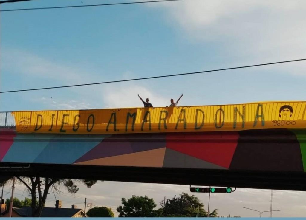 'Como todo lugar emblemático nos gustaría que el puente de Colón y Pringles lleve el nombre de Diego Maradona'