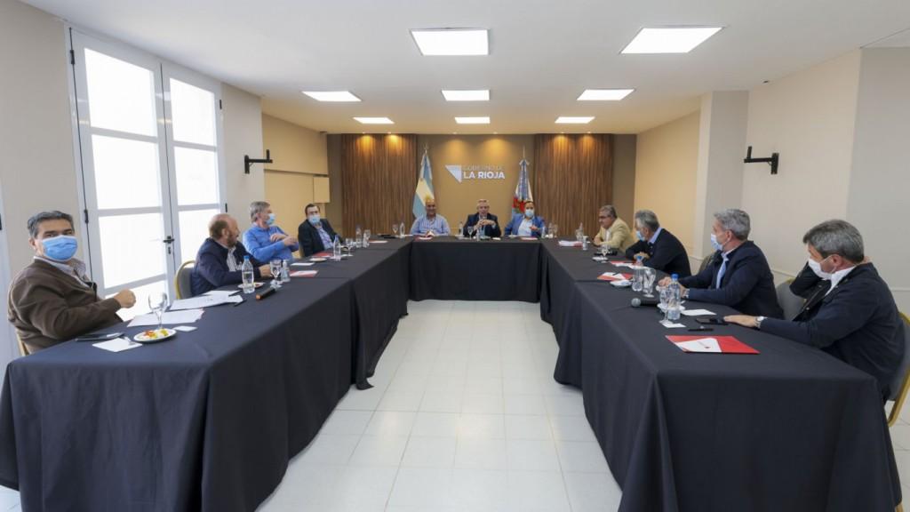 El presidente se quedará en La Rioja el fin de semana y el lunes retoma su agenda con las juras