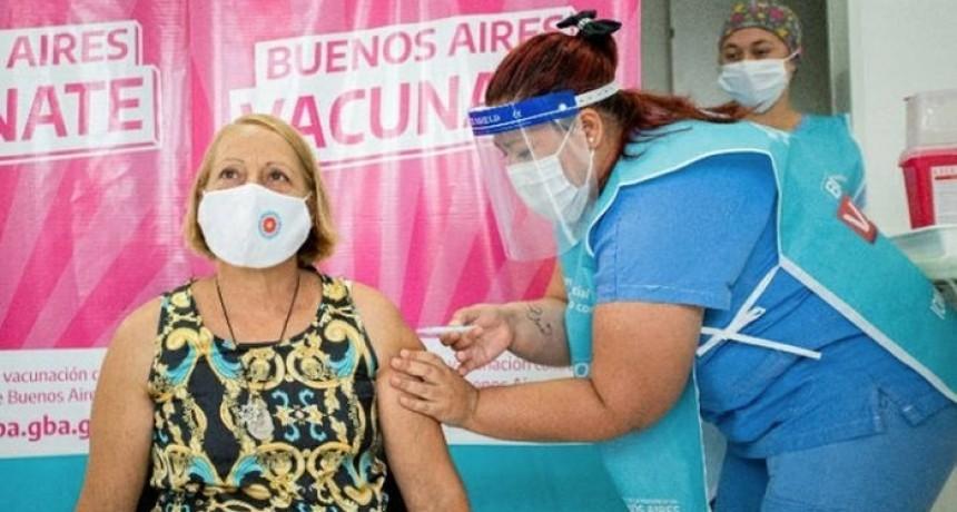 Vacunación: este sábado se aplicaron más de 1300 dosis