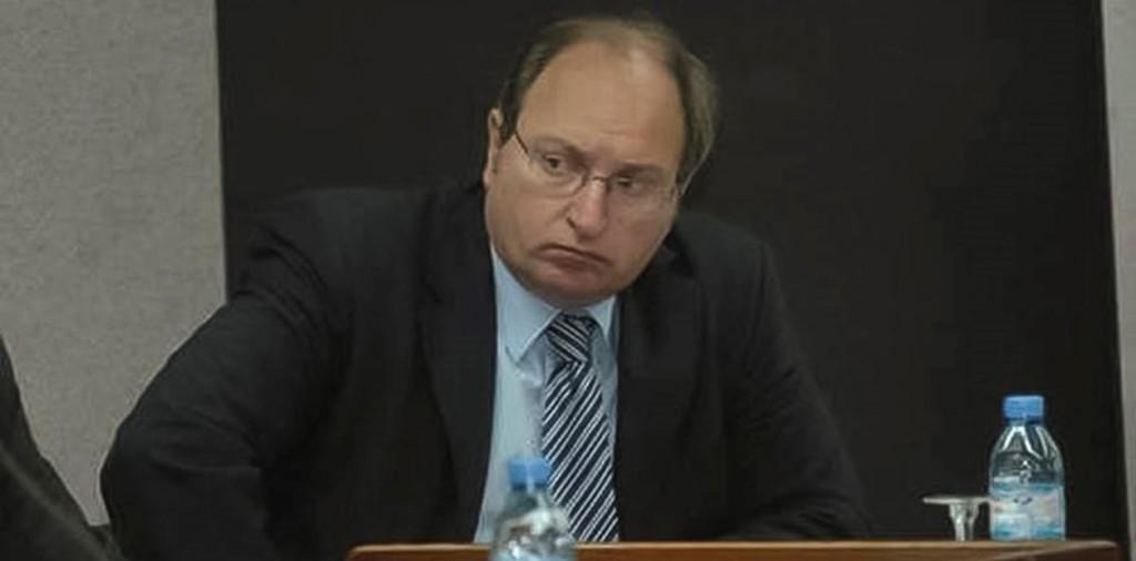 Juez azuleño investiga espionaje a familiares del ARA San Juan