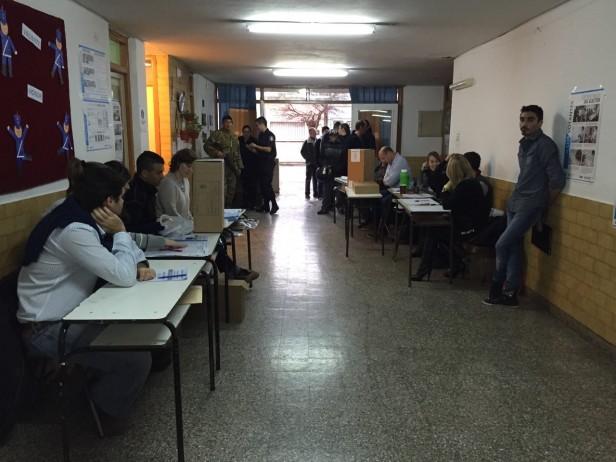 Elecciones: mesas, autoridades y capacitación