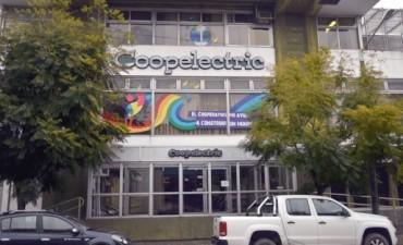 Coopelectric homenajea a sus empleados con 25 años de servicio