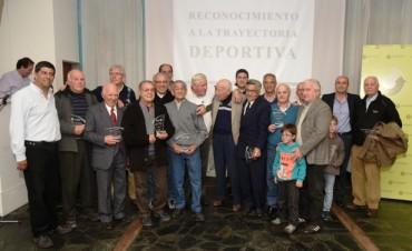 Reconocieron a quince deportistas olavarrienses