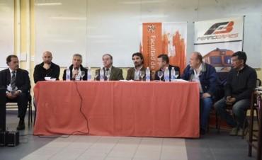 Se firmó el convenio para impulsar la carrera universitaria con orientación ferroviaria en la Facultad de Ciencias Sociales