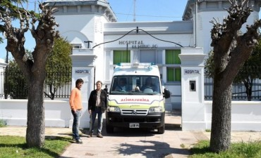 Se encuentra en pleno funcionamiento la nueva ambulancia del Hospital Municipal de Hinojo