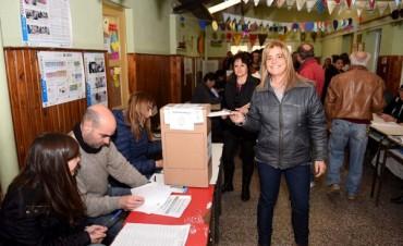 Votó Magarita Arregui