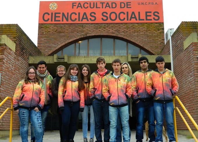 Escuelas secundarias de la región visitaron la FACSO
