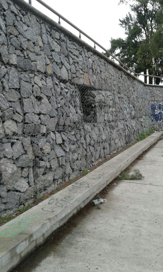 Están pedidas las piedras para el gavión que falta en el Parque del Bicentenario
