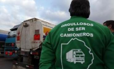 Camioneros bloquean tres canteras en Olavarría