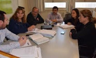 Recital del Indio: La Comisión Especial se reunió por última vez antes de la Sesión Especial