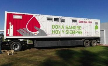 Trailer sanitario provincial en una nueva colecta externa de sangre