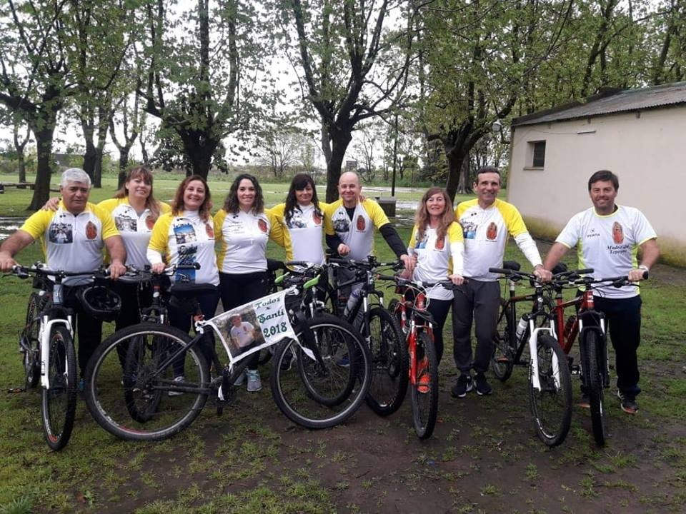 Olavarrienses concretaron una nueva edición de la peregrinación a Luján en bicicleta