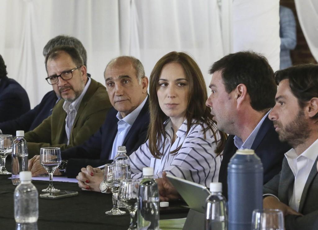 Vidal encabezó reunión semanal de gabinete en Las Flores