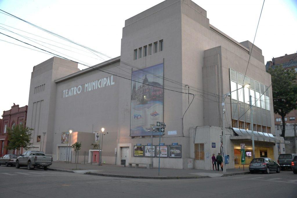 Miércoles a sábado en el Teatro Municipal