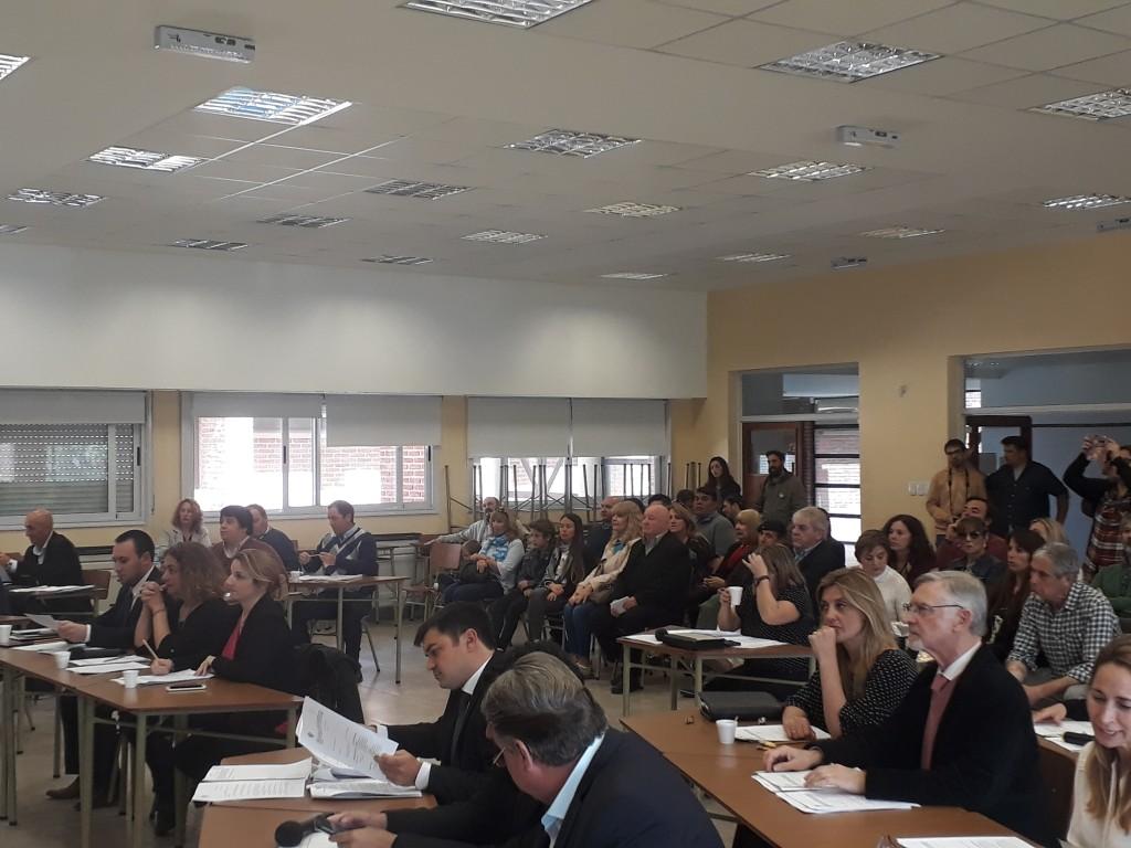 Sin grandes debates se desarrolló la decimo tercera sesión del Concejo